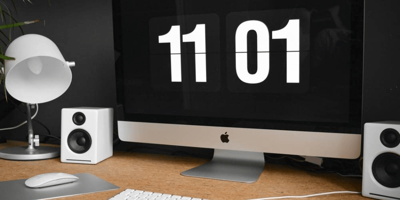 why you should use a time clock app in your business